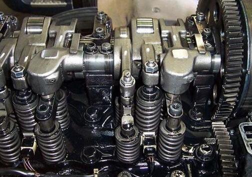 沃尔沃挖掘机配件气缸体汽缸盖